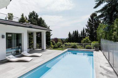 Pool Avalos als Outdoorwohnzimmer