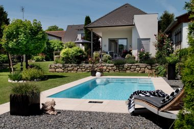 Pool Linea ist in vier Längen erhältlich.