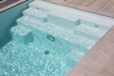 Pool Thelo in der Poolfarbe papyrus