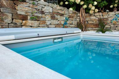 Pool Unico RC mit 7 cm hohem Wasserstand