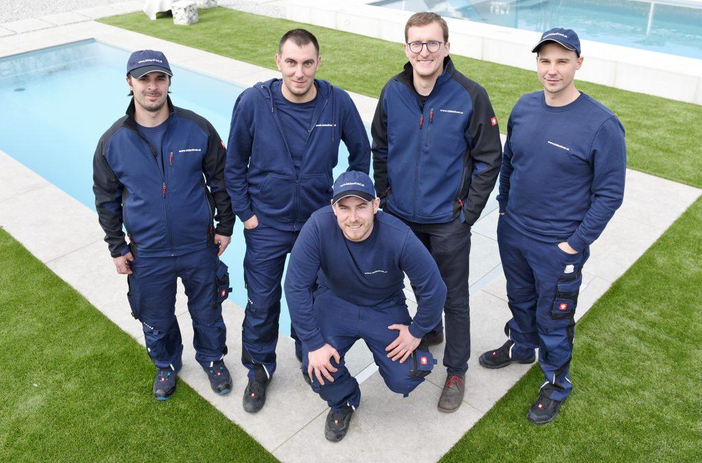 Leidenfrost Pool Serviceteam steht Ihnen im Raum Wien, Niederösterreich und Burgenland, sowie Salzburg und Oberösterreich für jegliche Servicearbeiten zur Verfügung.