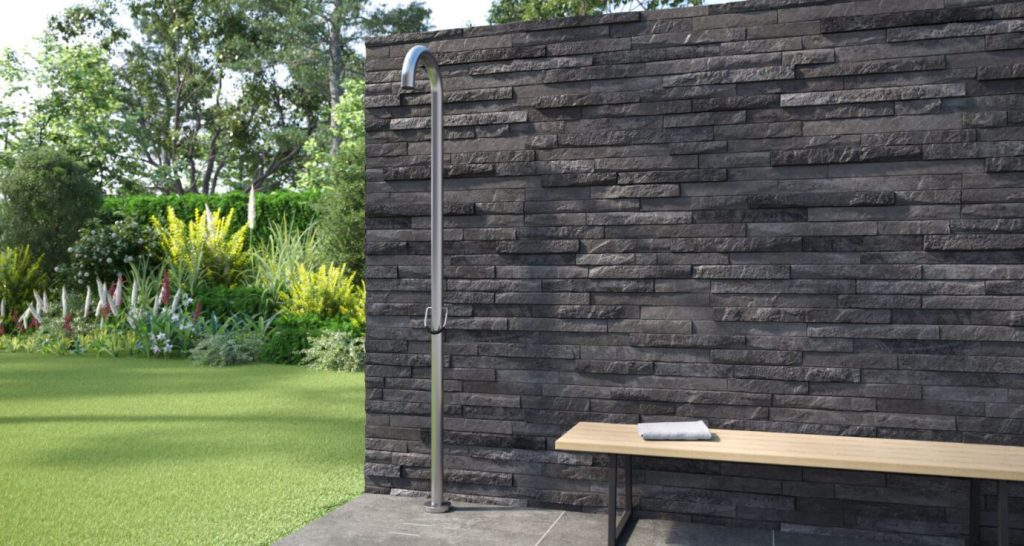 Alle JEE-O Duschen sind aus Edelstahl hergestellt und für den Außenbereich geeignet.